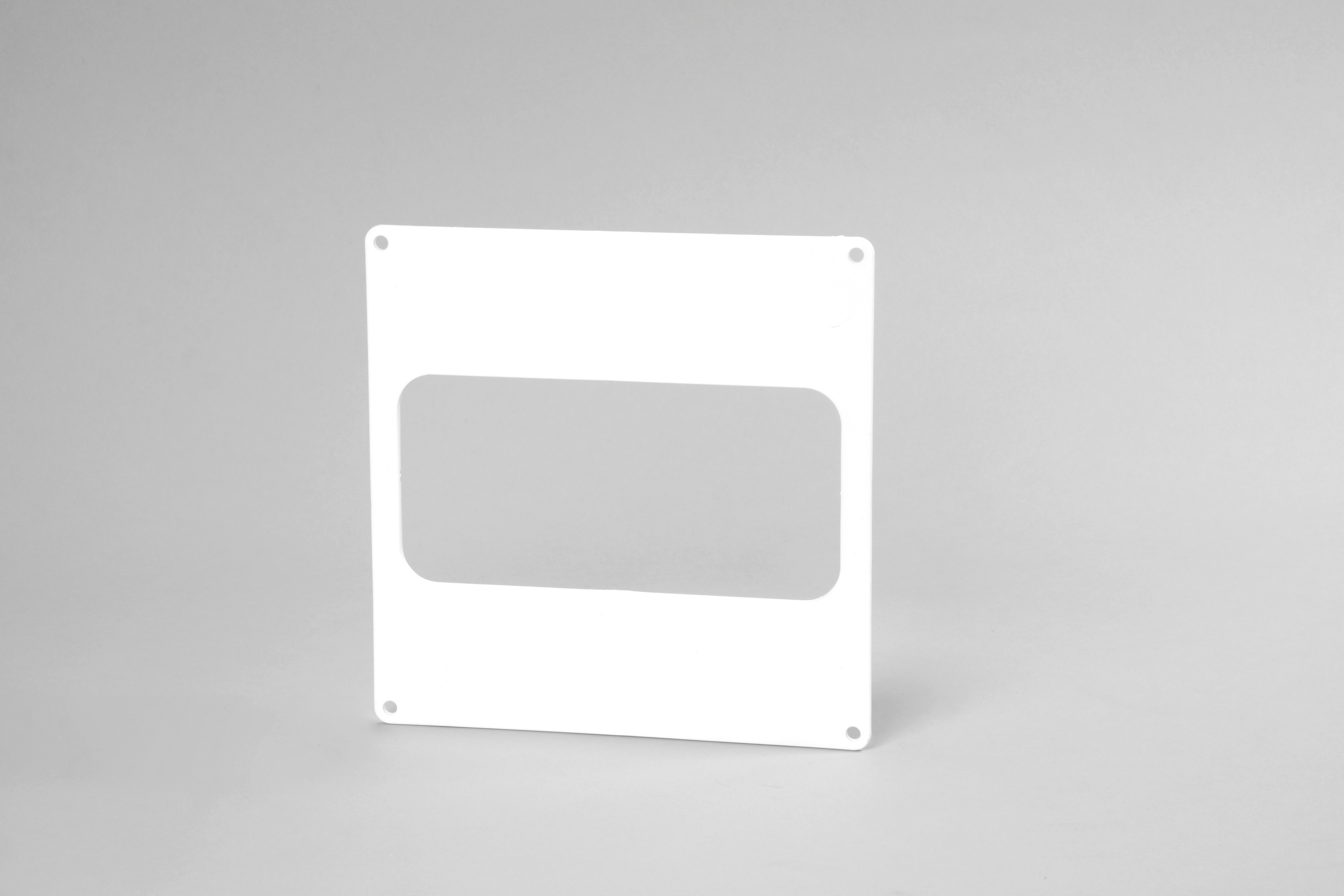 Flat wall plate 150mm x 70mm ducting