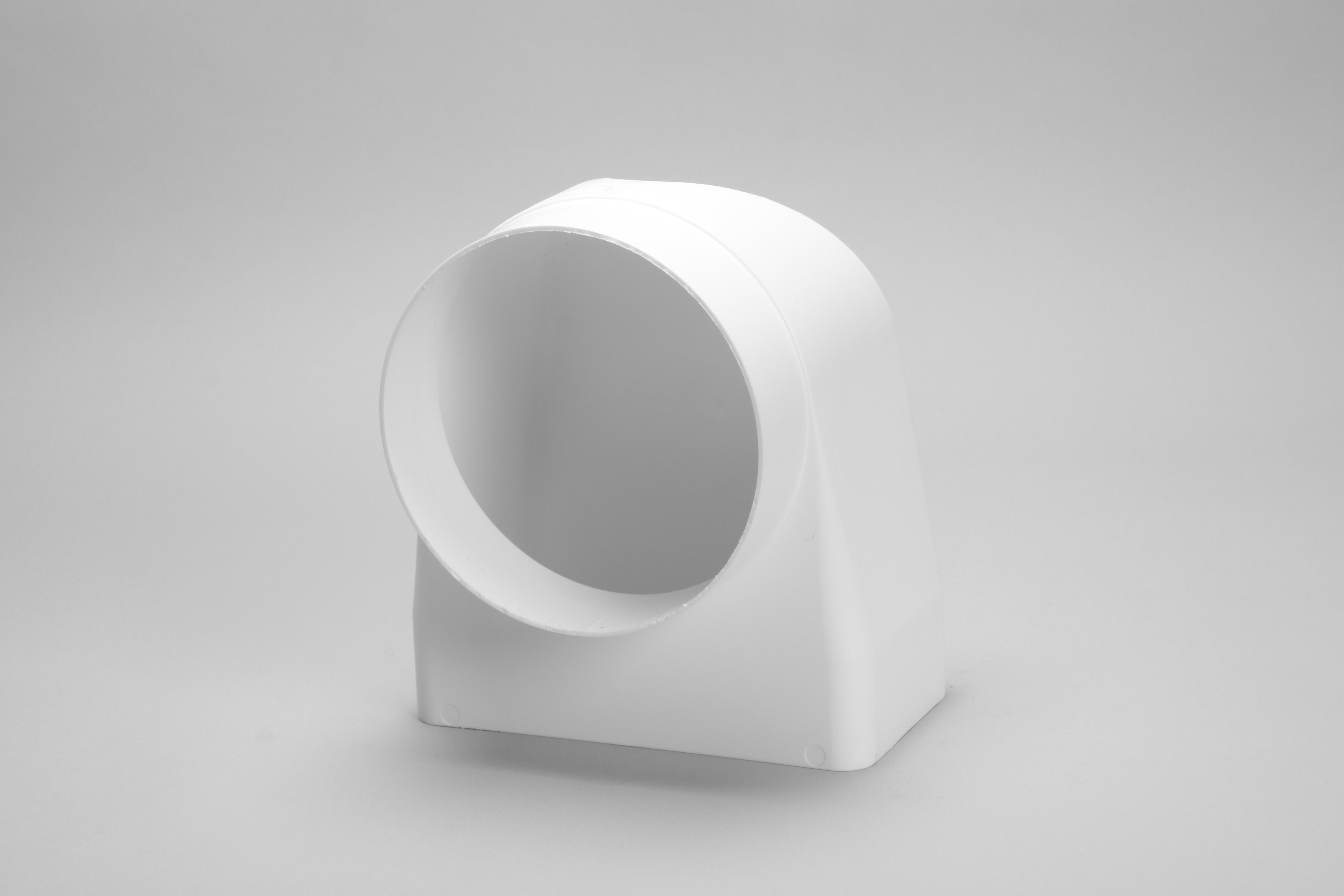 150mm round to rectangular 180mm x 95mm 90 degree bend