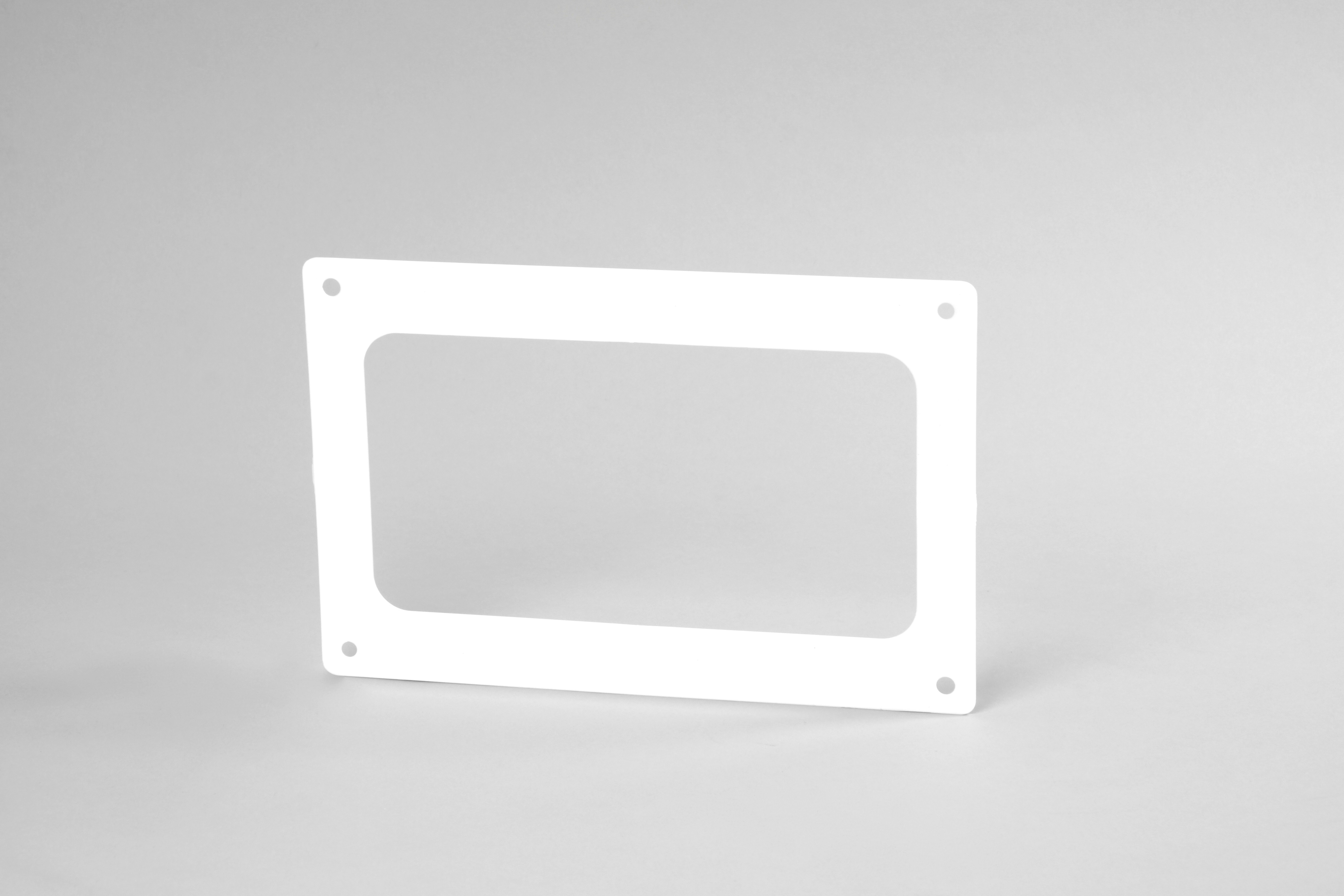 Flat wall plate 180mm x 95mm ducting